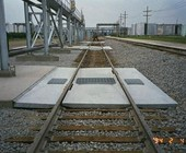 track pans on railroad