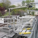 Self Leveling Truck Gangway